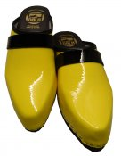 Billy - Clear yellow patent leather on a black low (5 cm) base