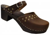 Doris - Brown oil leather on a black high (7 cm) base, Dalanna style with rivets